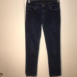 White House Black Market Slim blue jeans sz 0L